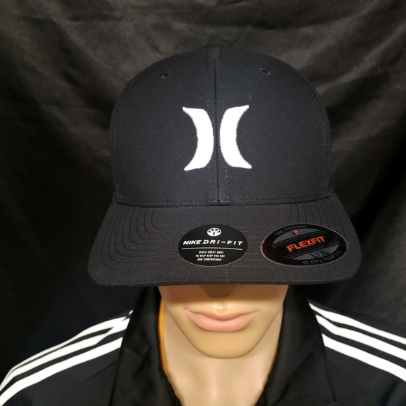 d33d6473ac4c8 HURLEY ONE AND ONLY FLEXFIT HAT